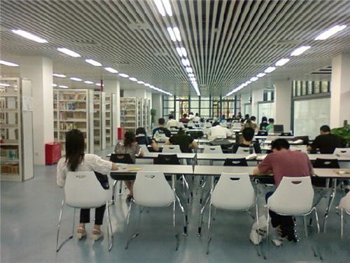 3.图书馆.jpg